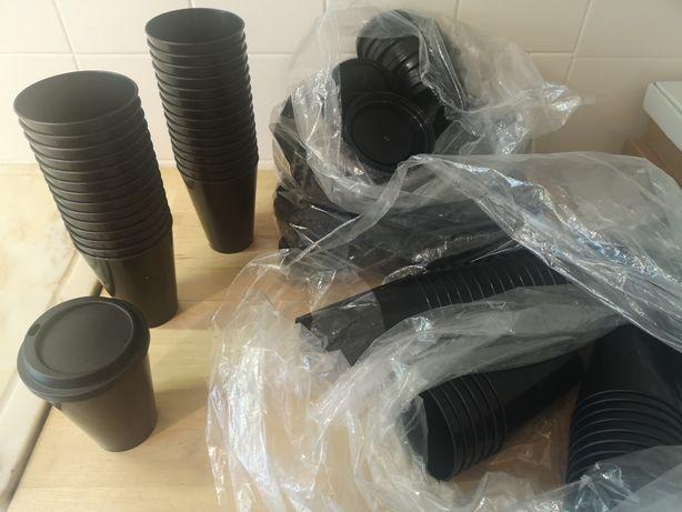 Copos de plástico 350ml pretos com tampa reutilizáveis eventos festas