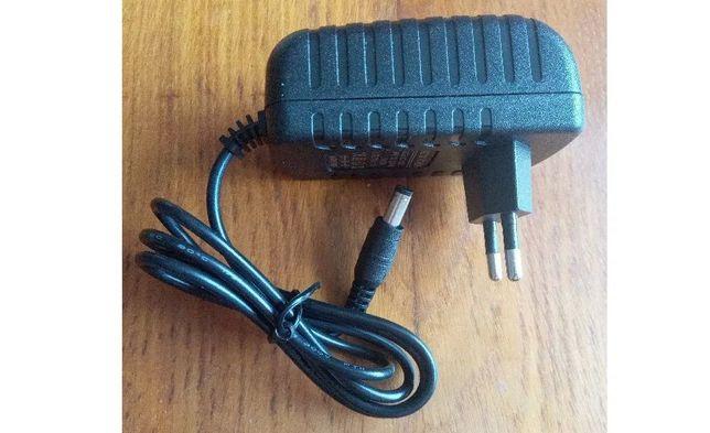 Блок питания 12В 2A (12V 2А) зарядное устройство видеорегистратор