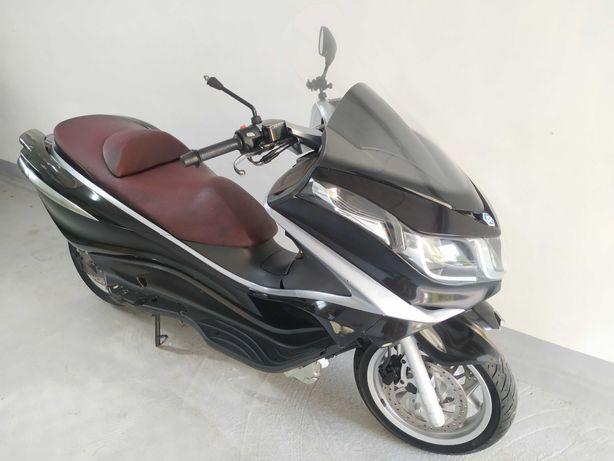 Piaggio X10 125 cm3 2012r