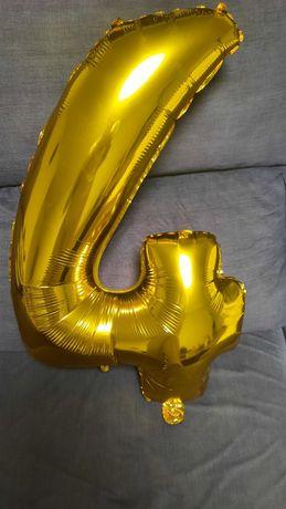 Balões de letras e números várias cores