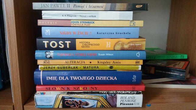 Wyprzedaż książek -różne tytuły,niskie ceny.