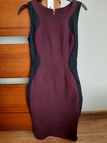 Dopasowana sukienka śliwkowo-czarna rozmiar 36