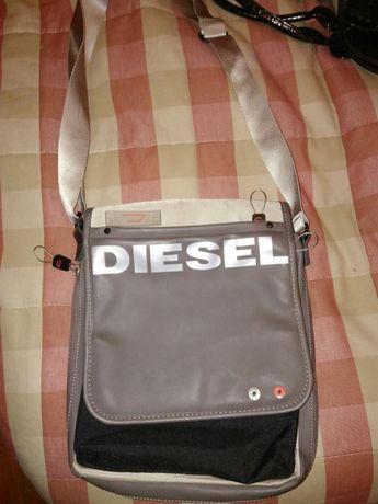 Carteira de ombro Diesel