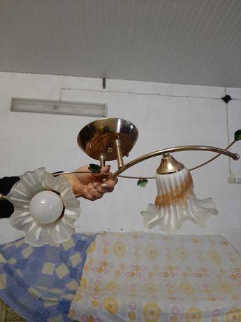 Люстры недорого с лампочками
