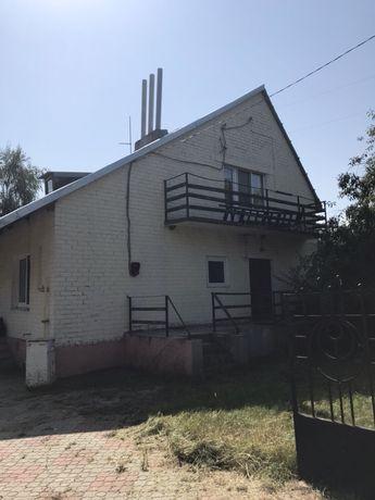 Продам двухэтажный дом с баней и садом
