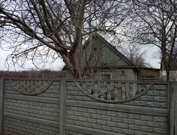 Продам Дом рядом с г.Днепрорудное. ул. Садовая.