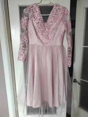 Платье вечернее, в идеальном состоянии.