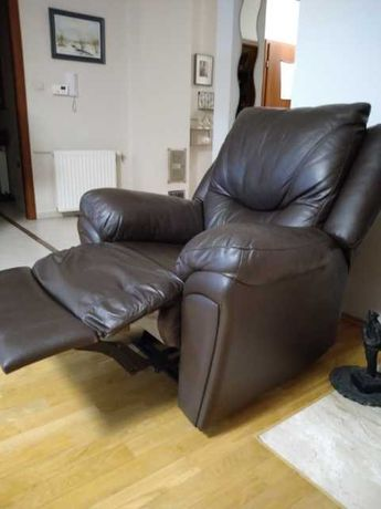 Fotel relaks skóra rozkładany bardzo dobry stan