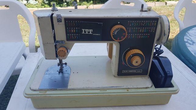 Máquina de costura ITT CL870