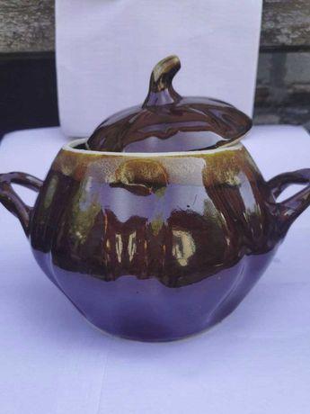 Глиняный горшок для вареников