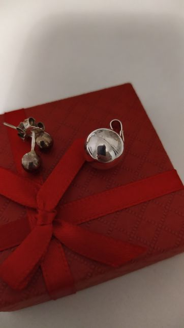 Komplet biżuterii zawieszka kolczyki srebro 925