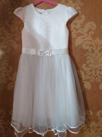 Sukienka dziewczęca 146cm