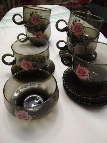 чашки с блюдцем сервиз темное стекло СССР