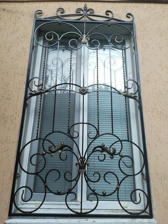 Кованные , сварные решетки на окна с элементами ковки