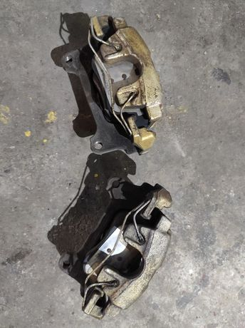 Zaciski hamulce Audi A5 A4 b8