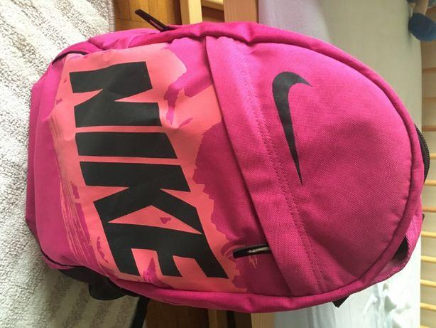plecak Nike jak nowy!