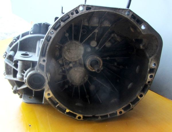 КПП Коробка передач механика 2.0 Opel Vivaro Renault Trafic розборка