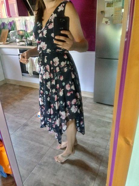 Sukienka asymetryczna 38