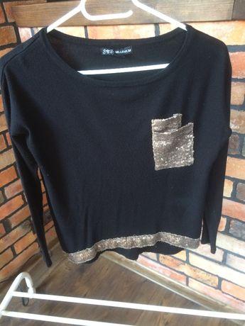 Sweter z cekinową kieszonką / MILLENIUM