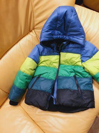 Куртка теплющая на 5-6 лет hm в идеальном состоянии