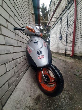 Suzuki lets2 new