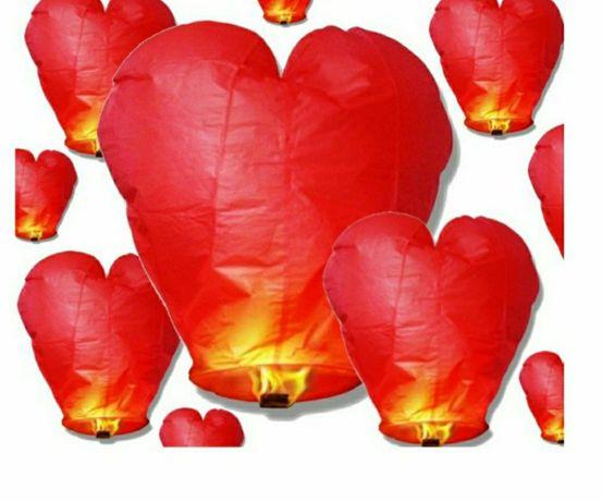 Latające lampiony szczęścia serce Walentynki