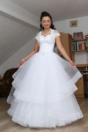 Piękna suknia ślubna! indywidualny projekt rozmiar 36/38