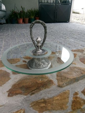 Fruteira em estanho e vidro
