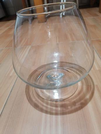 Аквариум-бокал, ваза в виде большого коньячного стакана