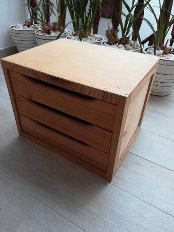 Modulo de gavetas madeira