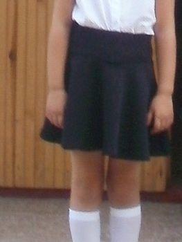 Продам школьную черную юбку на 6-8 лет