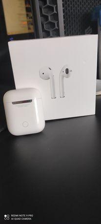 Oryginalne słuchawki Apple AirPods