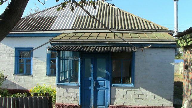 продається будинок смт Чорнобой вул Петровського 14