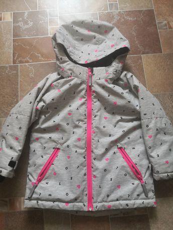 Продам зимнюю курточку h&m для девочки