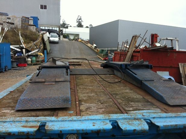 Elevador esteira 2500 kg usado