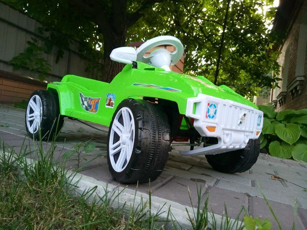 Машина педальная детская Orion возраст с 2-х лет