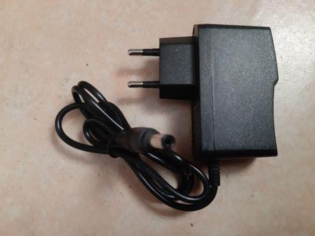 Carregador/Transformador 5v 2A 5,5 mm X 2,5 mm