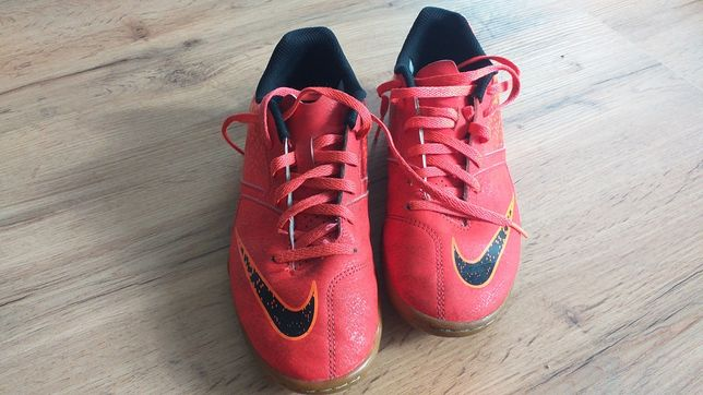 Buty sportowe Nike halowe roz.36