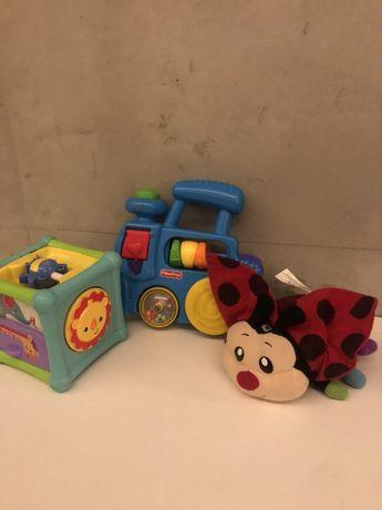 Zabawki 0+ edukacyjne interaktywne sensoryczne