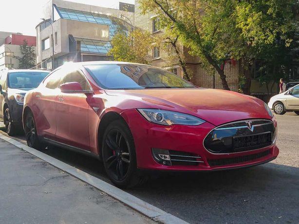 Tesla Model S 60 kWh 2015