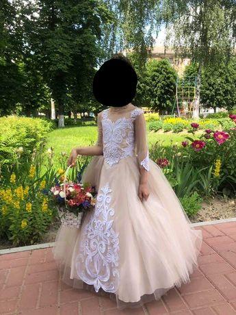 Продам шикарное платье на выпускной
