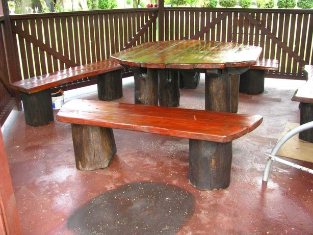 Meble ogrodowe tarasowe - stół plus cztery ławki