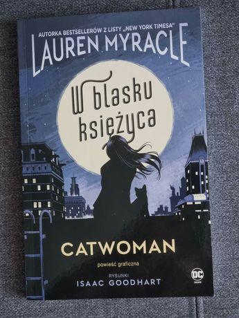 Catwoman. W blasku księżyca.