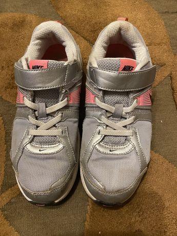 Обувь на девочку 31,32,33,34 р