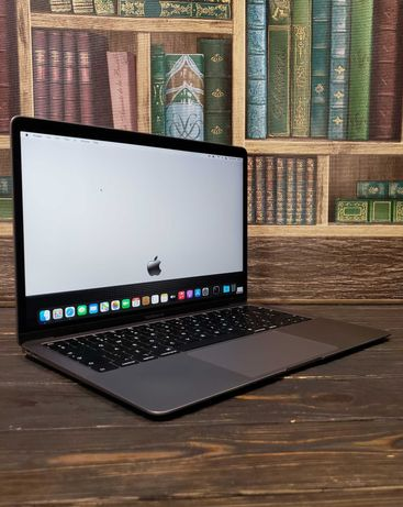 РАССРОЧКА 0%! Ноутбук MacBook Air 13 MVFJ2 Custom i5/16 GB/SSD 256 GB