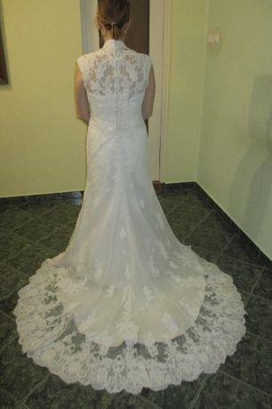 Suknia ślubna Moonlight model H1214.rozmiar. 38 kupiona w Poznaniu.