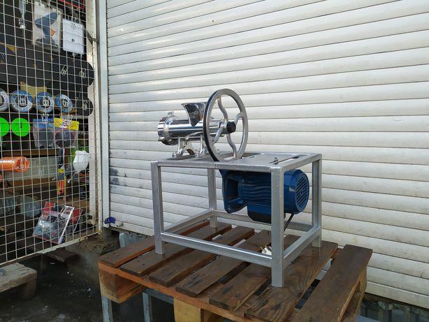 Мясорубка алюминиевая 32 промышленная с электродвигателем професиональ