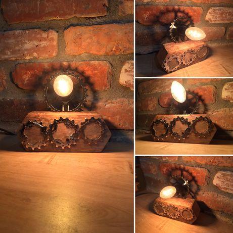 Lampa z czesci rowerowych, loft, industrialna.