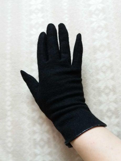 Nowe czarne damskie rękawiczki rozmiar 8,5 na szczupłą rękę