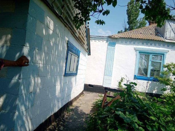 Дом с приватизированным участком с.Безыменное Новоазовского района